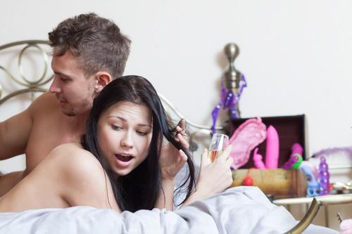 ценный ответ порно русские домработницы сосут этом что-то